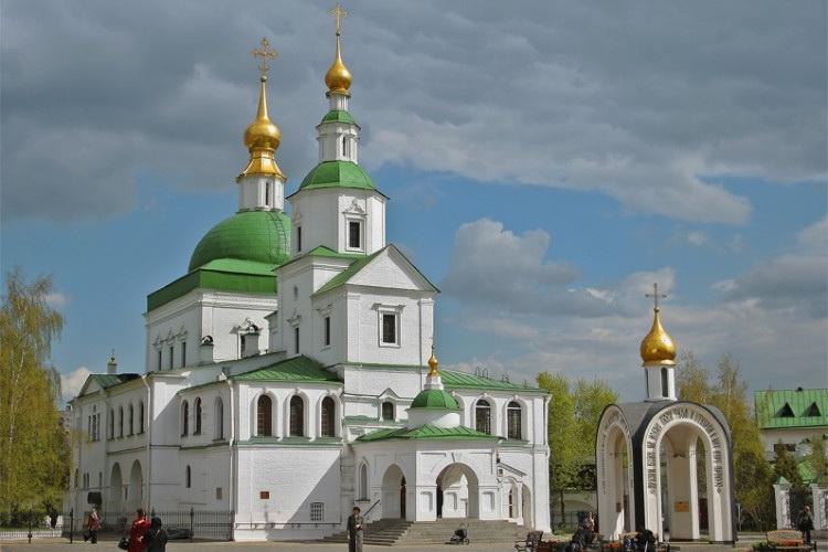 Икона Божией Матери «Троеручица». Даниловский монастырь.