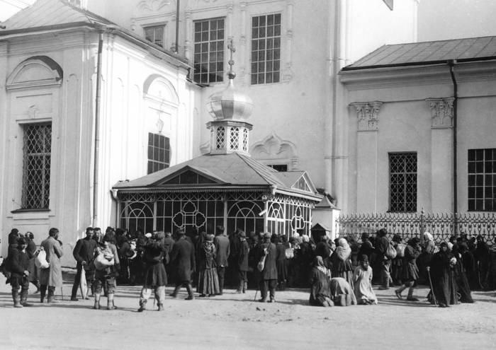 Серафим Саровский. Часовня над гробницей Серафима Саровского.