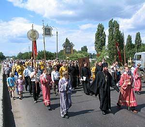 16 июня начнется традиционный многодневный крестный ход в Вавилов Дол